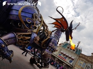 Drache / Disneyland Paris