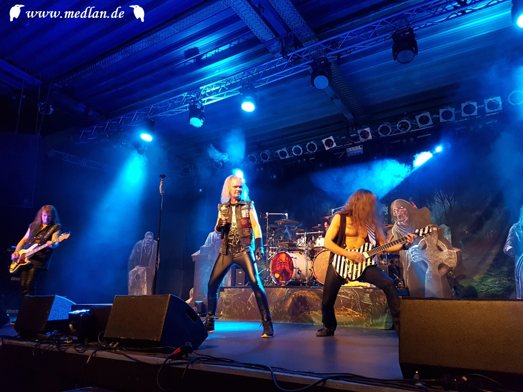 Konzert: Grave Digger, Burning Witches, 25.01.2019, Obertraubling